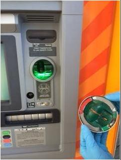 カード挿入口のスキミング機械