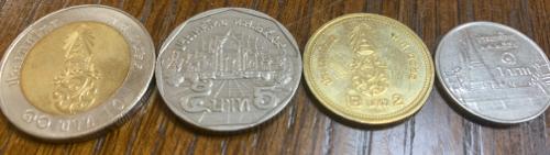 タイ・バーツのコイン
